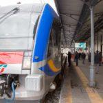 """Uno dei nuovi regionali Trenitalia """"Swing"""" alla stazione di Potenza.jpg"""