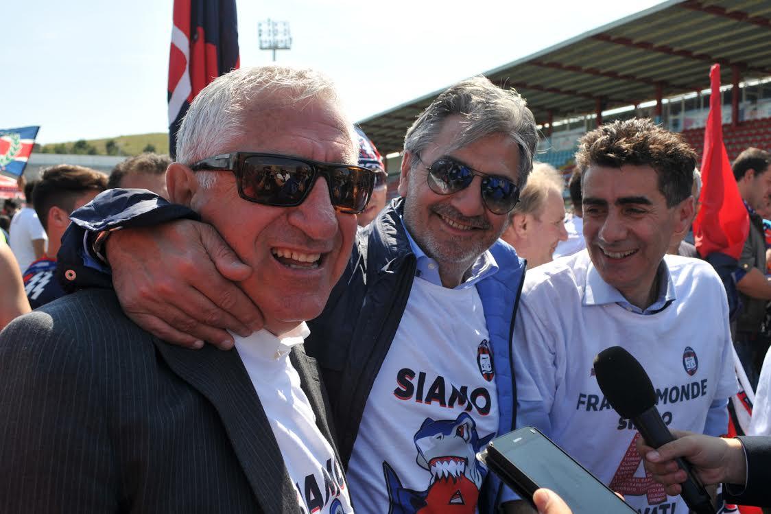 Calcio Serie A, in crisi la favola del CrotoneDopo i risultati guai in società: lascia Gualtieri