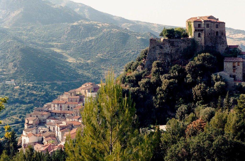 In giro per castelli: sabato a Valsinni domenica a Brienza e Satriano