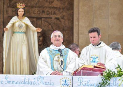 Vescovo Luigi Renzo Natuzza (3).jpg