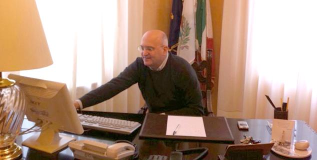 Consigliere comunale aggredito brutalmente a Pompeila solidarietà di Giuseppe De Mita