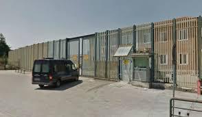 Agente penitenziario aggredito nel carcere di Avellino