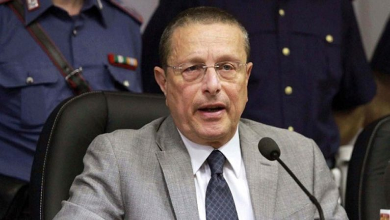 Il Procuratore di Napoli parla dopo le minacce ricevute dalla camorra: non ci fermiamo, c'è voglia di rinascita