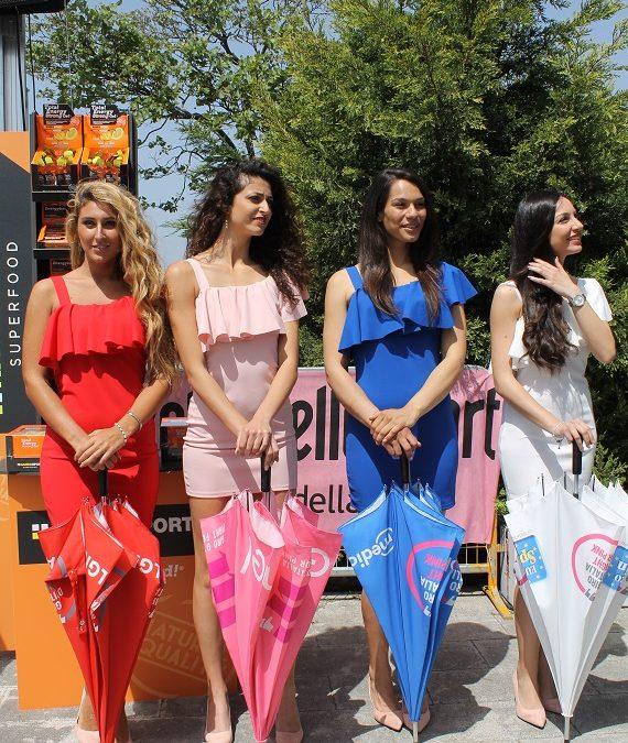 FOTO – Festa di sorrisi e colori alla partenza del Giro d'Italia a Catanzaro