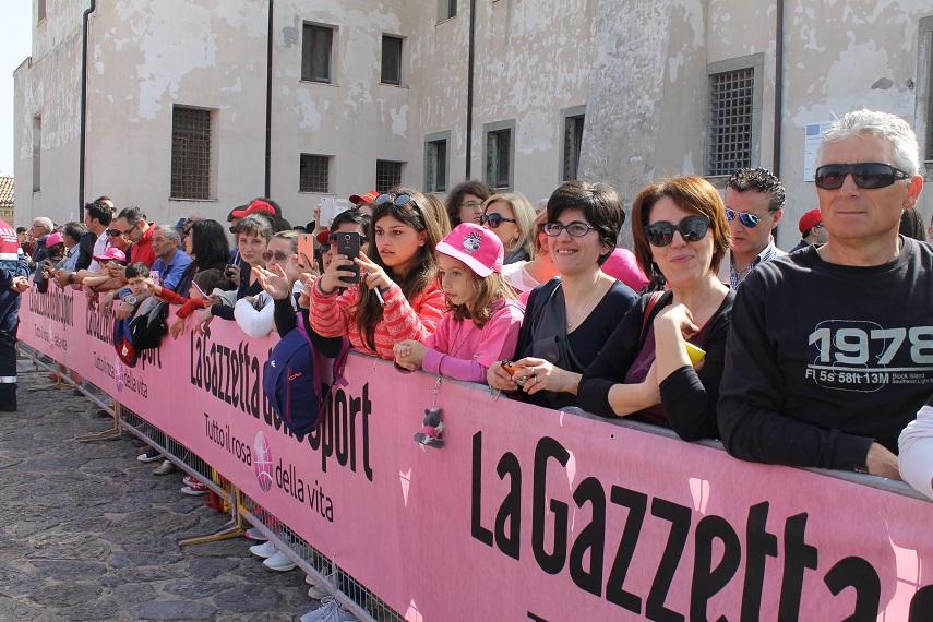 LA SCHEDA - Il Giro d'Italia passa dalla Calabria: Ecco tutte le tappe calabresi della storia della Corsa Rosa
