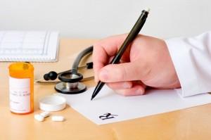 Visite a pagamento per i malati oncologiciMedico reggino sospeso dalla professione
