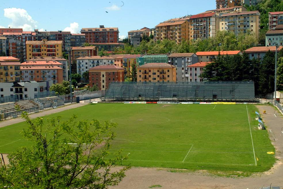 Calcio, il Potenza neopromosso in C celebra la sua storia: in mostra maglie e cimeli