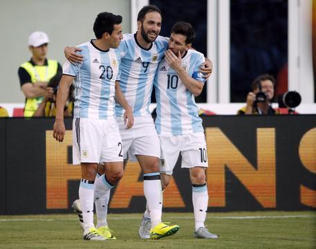 """Napoli, il fratello di Higuain: """"Non rinnoverà il contratto"""""""