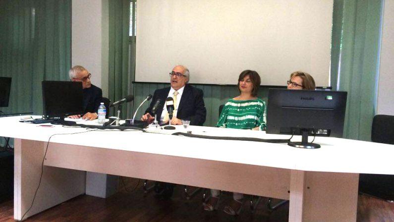 Furbetti del cartellino, scattano i primi 7 licenziamenti all'Asl Avellino, ma i legali annunciano battaglia: mancano approfondimenti e contraddittori efficaci