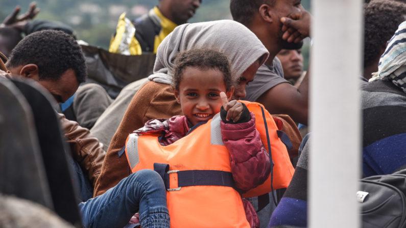 Giunti a Vibo i migranti soccorsi dalla MarinaHanno sopportato giorni di navigazione