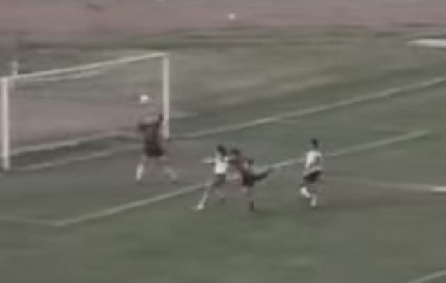 Calcio, 25 anni fa il Cosenza vinceva lo spareggio con la Salernitana  e Gigi Marulla si consacrava come icona rossoblù