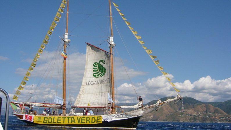 Ambiente, la nave Goletta Verde approda in CalabriaPrevisti incontri sulla situazione del mare e delle bonifiche