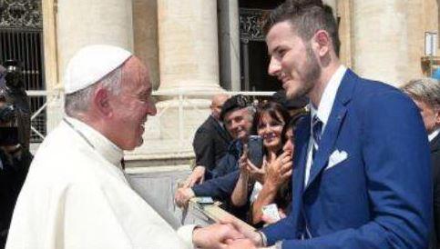 Un'opera di Affidato nelle mani di Papa Francesco