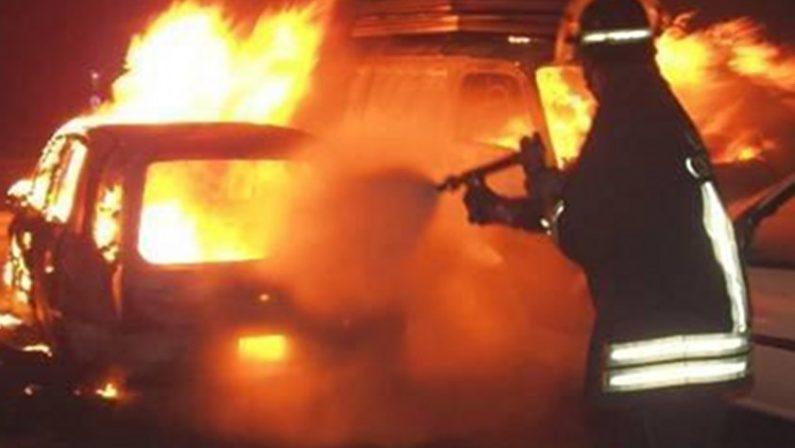 Vibo Valentia, incendiata l'auto dell'ex assessore provinciale Del Vecchio