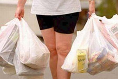 Sacchetti di plastica non a norma nei negoziBlitz della Finanza in Calabria, sequestri e multe