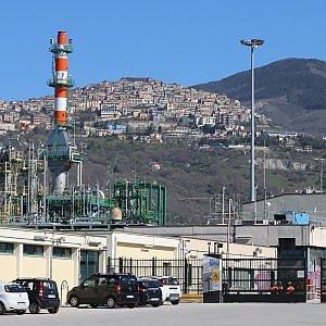 Centro oli, il Tar cancella le diffide per i serbatoi ma gli impianti dell'Eni restano comunque chiusi