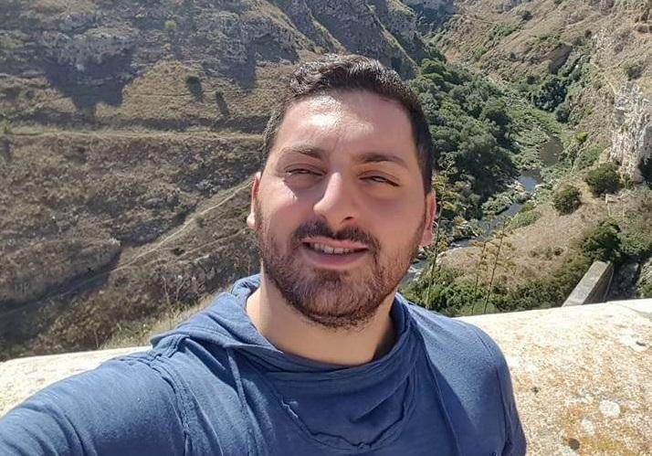 Schianto tra una moto e un'auto a CatanzaroMorto sul colpo un motociclista di 26 anni