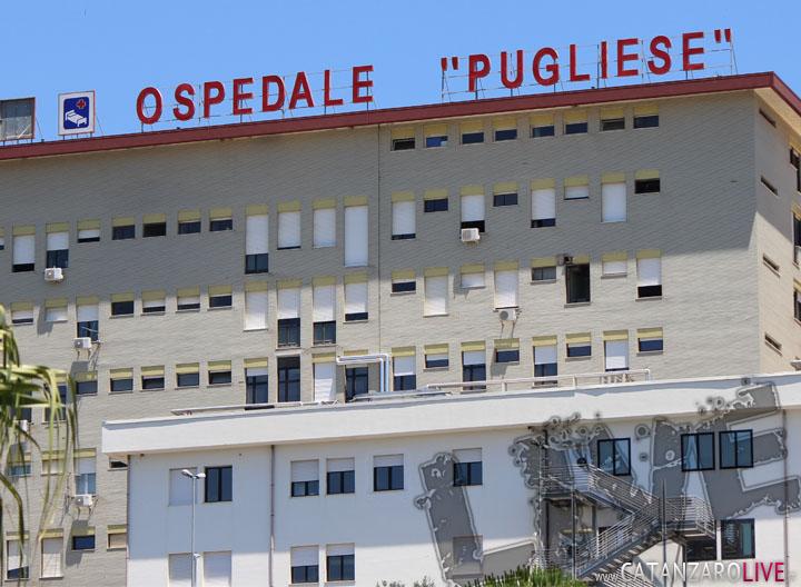 Dramma nel Crotonese, cade un palo della luceTredicenne finisce in ospedale in gravi condizioni