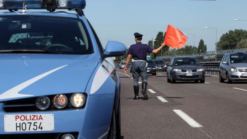 Pregiudicato beneventano bloccato in Irpinia per furto di auto