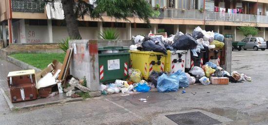 Estorsione sulla raccolta rifiuti: manette ad un consigliere Pd della provincia di Caserta