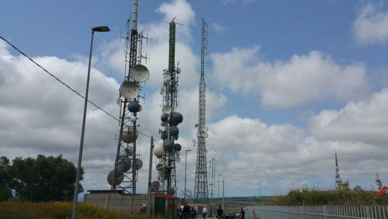 Sequestate a Vibo Valentia quattro antenne per il segnale tv: una è di Mediaset