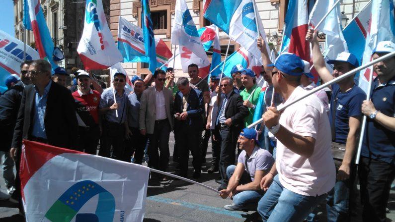 Metalmeccanici calabresi in piazza a CatanzaroAppelli per maggiori investimenti sullo sviluppo