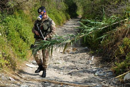 Terra dei fuochi, sono circa 200 i militari in azione nel napoletano