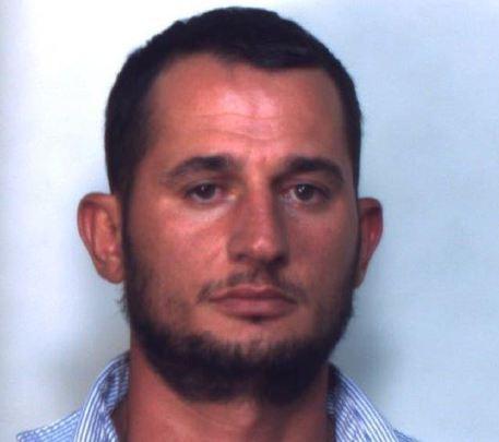 Arrestato ricercato per omicidio in Grecia nel casertano