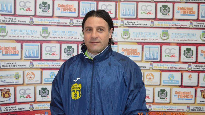 Il nuovo allenatore del Cutro è Carmine Leone