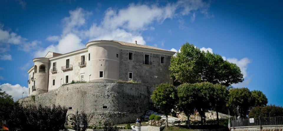 Concerti, rievocazioni storiche, mostre ed eventi da agostoa dicembre tra borghi e castellidella provincia di Avellino