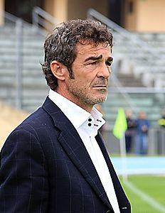 Calcio, Lega Pro: l'Us Catanzaro ha esonerato il tecnico Auteri. Scelto il sostituto