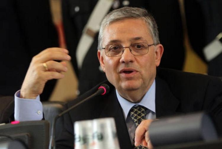 Corruzione e frode fiscale, maxi operazione a Roma, 24 arrestiCoinvolto un ex sottosegretario calabrese e suo fratello
