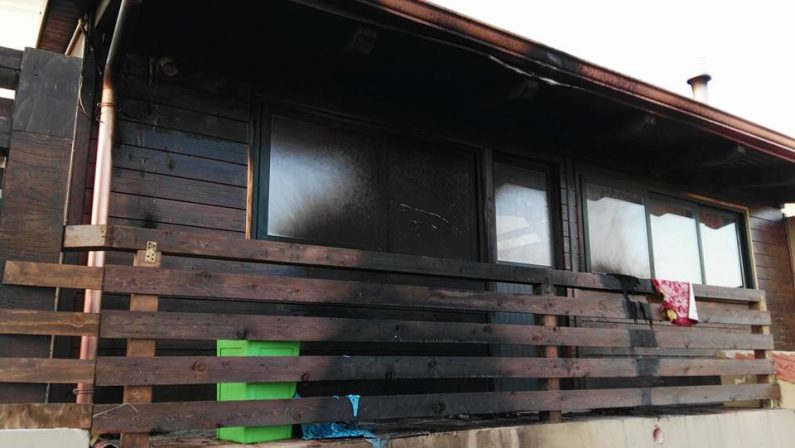 Tropea, attentato contro noto ristoratore del luogoIgnoti danno alle fiamme parte della sua abitazione