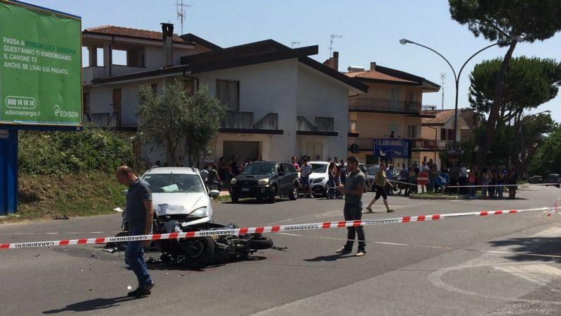 Incidente stradale nel Vibonese, due feriti graviScontro tra uno scooter e un'automobile