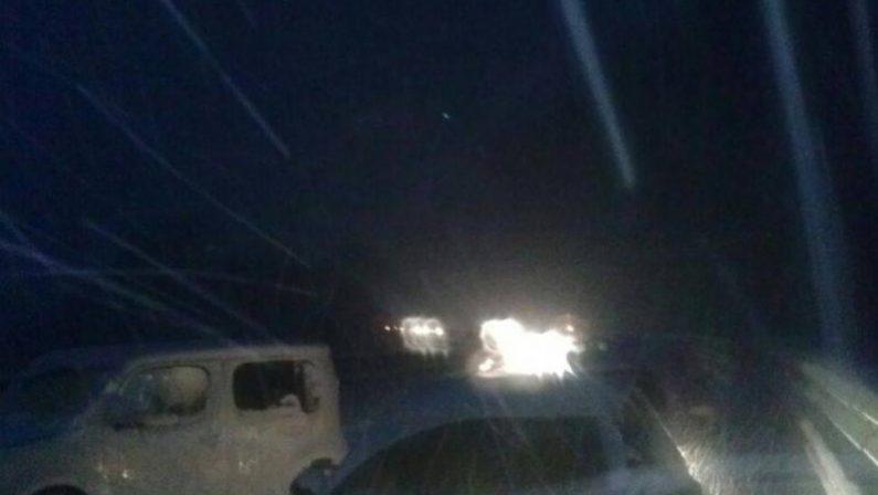 Viaggiatori bloccati nella neve sulla Salerno-Reggio CalabriaLa procura chiede il rinvio a giudizio per i dirigenti Anas