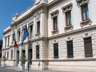 Consigliere comunale arrestato per mafiaIl prefetto di Reggio lo sospende dalla carica