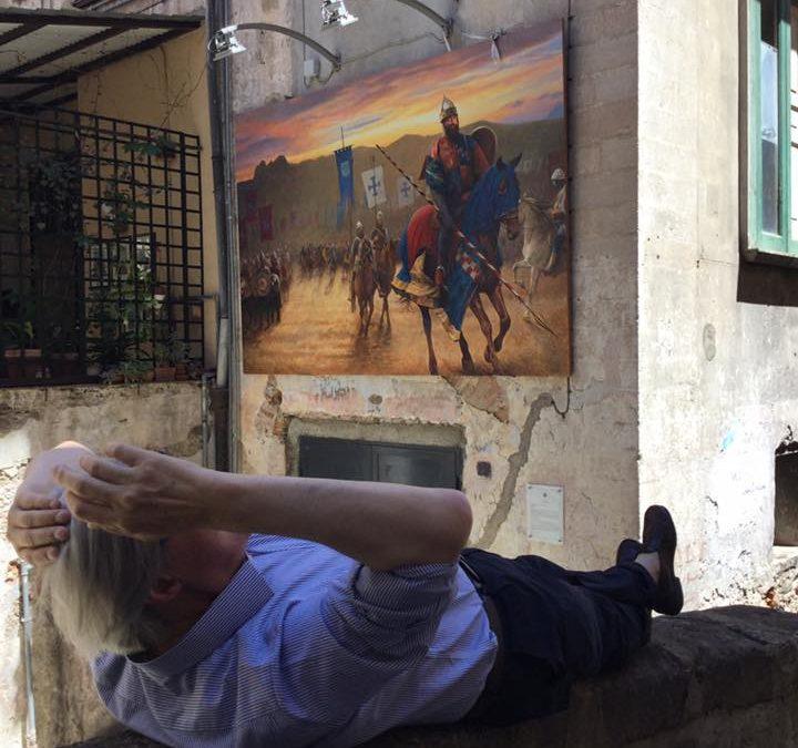 FOTO – Il neo assessore Sgarbi  visita il centro storico di Cosenza