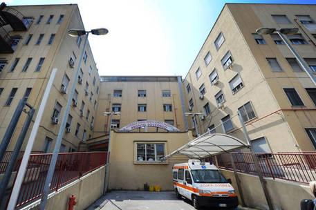 Tre persone ferite a Napoli in circostanze sospettein gravi condizioni una delle vittime