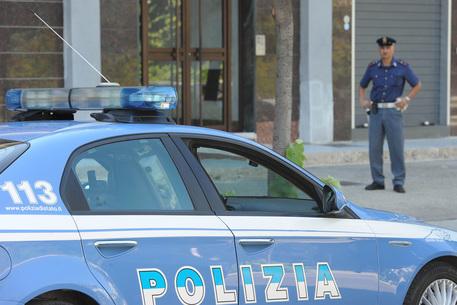 Napoli, due raid a colpi di pistole e mitragliette