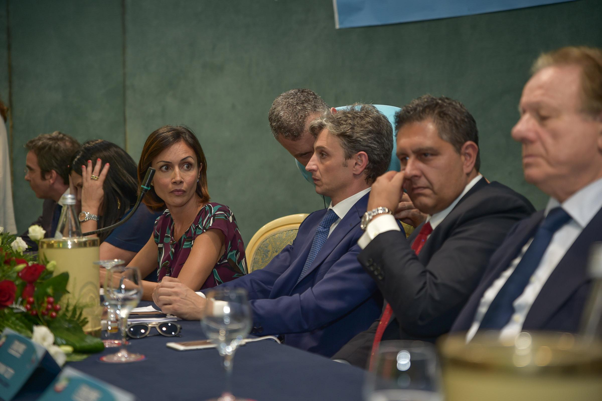 LE FOTO - La convention di Forza Italia a Vibo Valentia con i big del partito