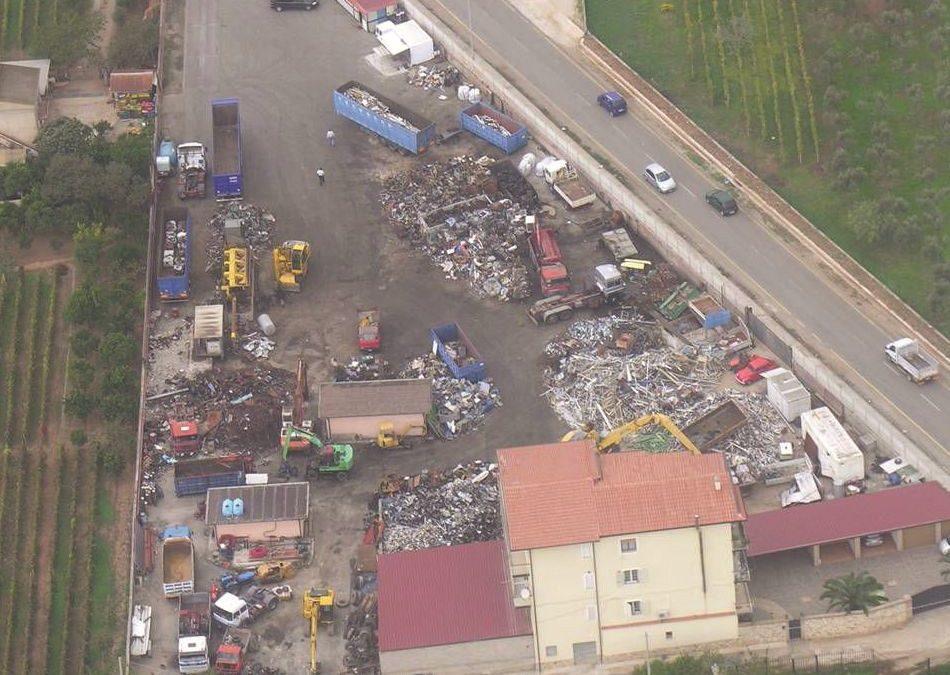 Traffico di rifiuti e materiali ferrosi a Lamezia  Dodici condanne e risarcimento a parti civili