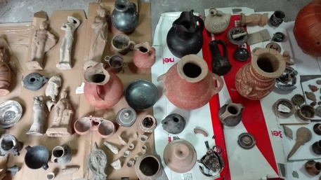 Caserta, rubavano reperti archeologici e li rivendevo: sequestri e due arresti