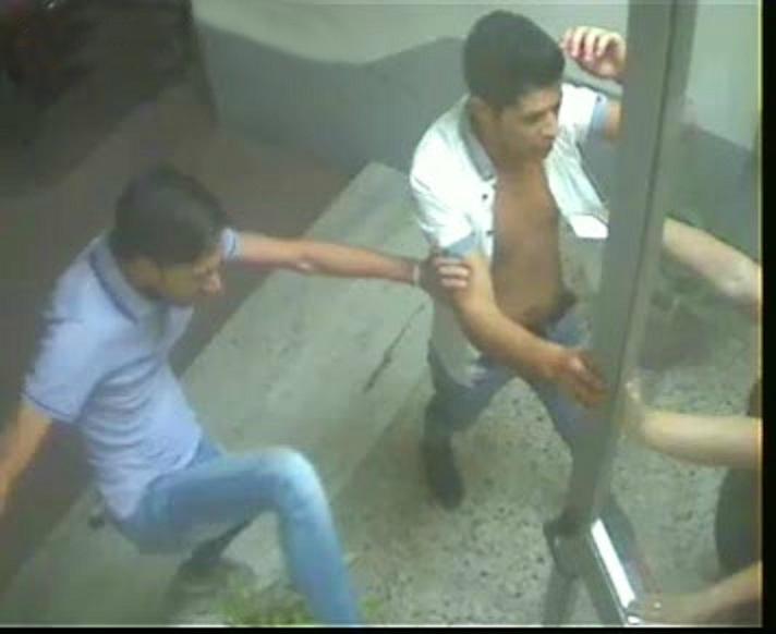 FOTO - Fermati 4 giovani a Vibo per violenzaLe immagini del pestaggio a due coppie