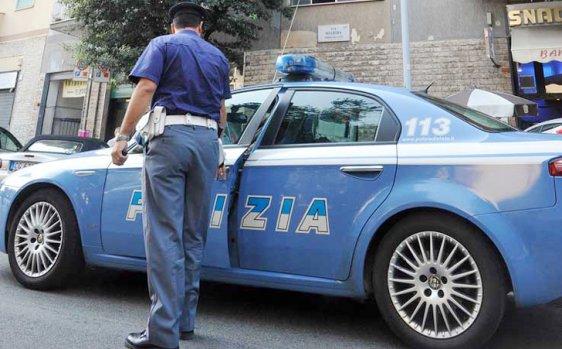 Sorpreso a passeggiare in piena notte mentre era ai domiciliari: arrestato un uomo a Cosenza