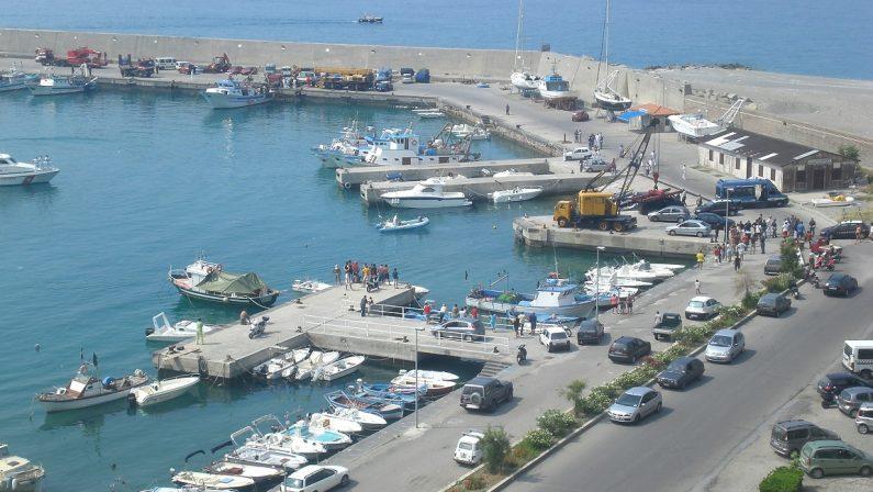 Nessuno mette piede nel nuovo mercato itticoA Cetraro incubo 'ndrangheta: gara ancora deserta