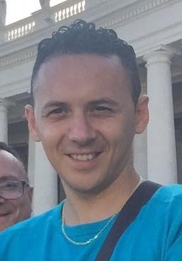Scontro frontale tra un'autovettura e una motoSoccorsi vani, muore un trentenne nel Vibonese