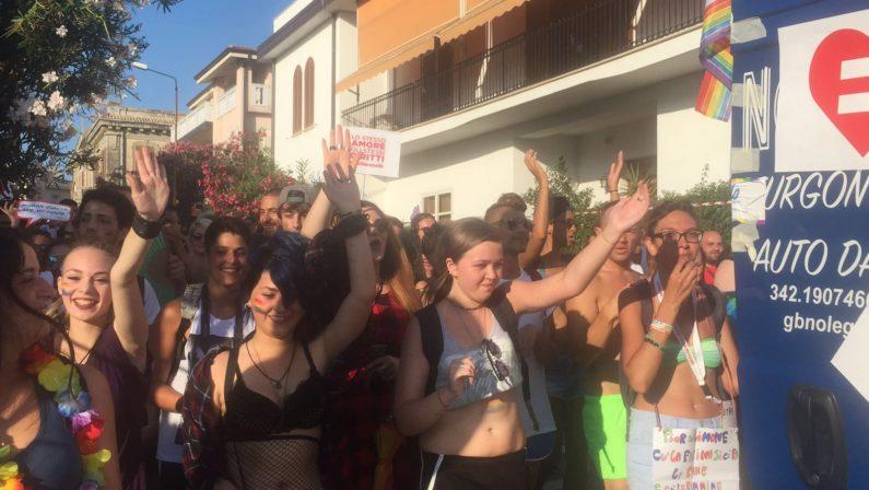 Il primo Pride a Cosenza, il programma degli eventi  che terminerà col corteo per l'orgoglio omosessuale