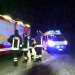 vigili fuoco-e-ambulanza-di-notte incidente.jpg