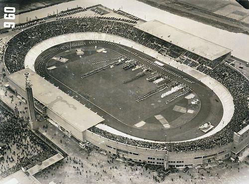 Speciale Olimpiadi, nel 1928 debutto di fiamma, podio e televisioneNel 1932 si vola a Los Angeles e nel 1936 l'olimpiade nazista