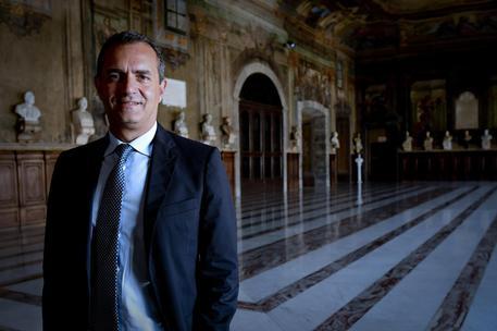 """Napoli, il sindaco De Magistris: """"Basta Sud con guinzaglio"""""""